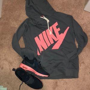 Nike thea air max size 7